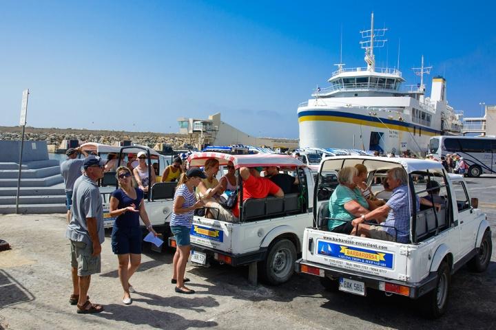 Gozo-jeep-safari-start-wycieczki
